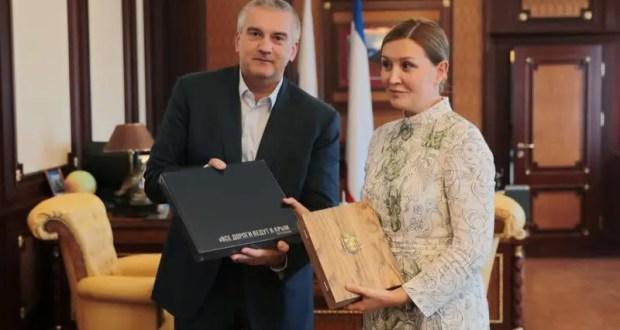 Сергей Аксёнов провёл встречу с гендиректором Агентства стратегических инициатив Светланой Чупшевой