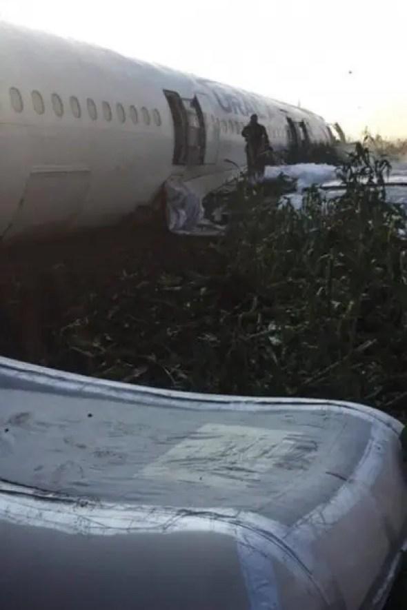 Самолет «Москва (Жуковский) – Симферополь» совершил аварийную посадку в поле