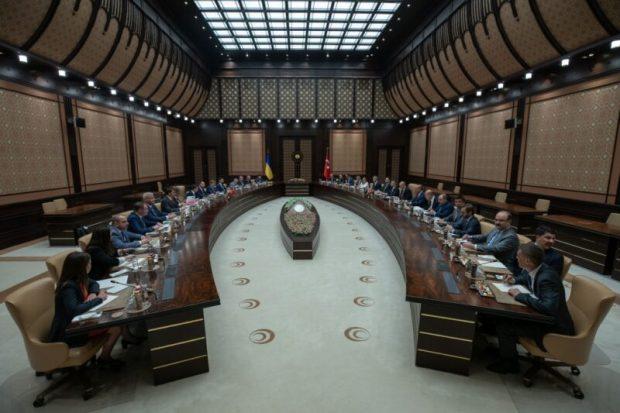 Владимир Зеленский в Турции сделал заявление по Крыму