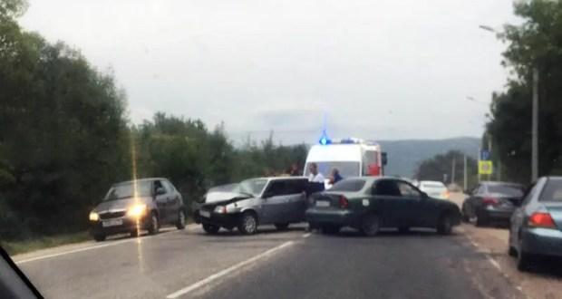 ДТП на выезде из Севастополя: опасность прямого участка с отличной видимостью