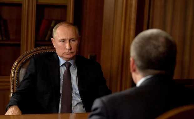 Президент РФ Владимир Путин встретился с Главой Крыма Сергеем Аксёновым. О чем говорили, подробно