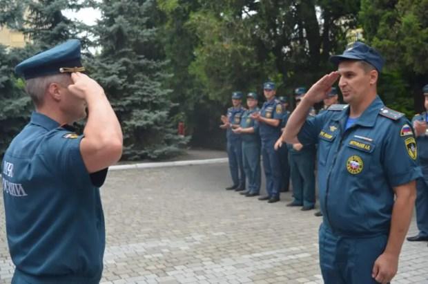 В ГУ МЧС России в Севастополе чествовали сотрудников, получивших новые звания