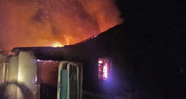 Пожар в Раздольненском районе Крыма тушили два часа