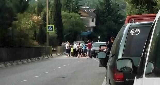 Проводится проверка по факту ДТП в Ялте, в котором пострадала женщина-пешеход