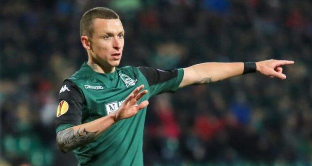 Футболиста Мамаева пригласили поиграть в Крыму