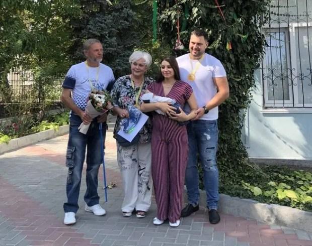 """В Симферополе в 2019 году родилось 4 тысячи малышей. """"Юбиляром"""" стал первенец Матвей"""
