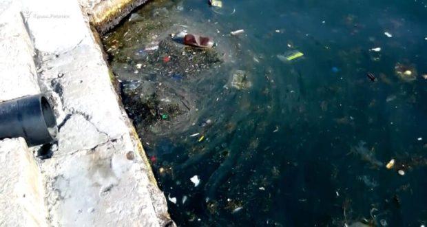 Прокуратура Севастополя «надавила» на «Водоканал», чтобы тот устранил сброс сточных вод в Артбухту