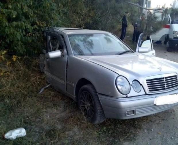 Страшное ДТП в Крыму: «Мерседес» разорвало пополам, но… все живы