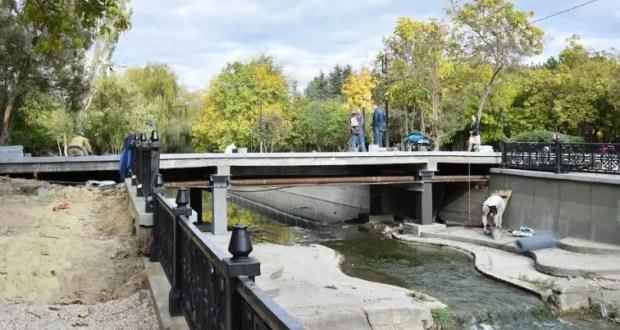 В Симферополе завершается ремонт моста через реку Малый Салгир