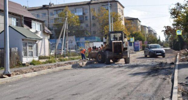 В Севастополе улицу Меньшикова ремонтируют с учетом потребностей маломобильных жителей