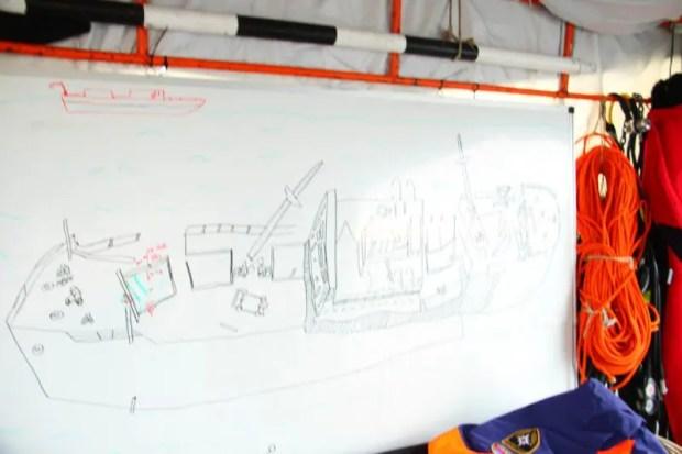 """В Крыму МЧС разминирует затонувший во время войны теплоход """"Жан Жорес"""""""