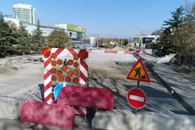 В ночь на субботу в Симферополе возобновится движение по улице Толстого. А что с улицей Гагарина?