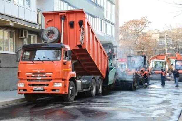 На улице Александра Невского в Симферополе завершается ремонт