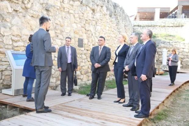 """В """"Херсонес Таврический"""" наведались гости - делегация из Сирийской Арабской Республики"""