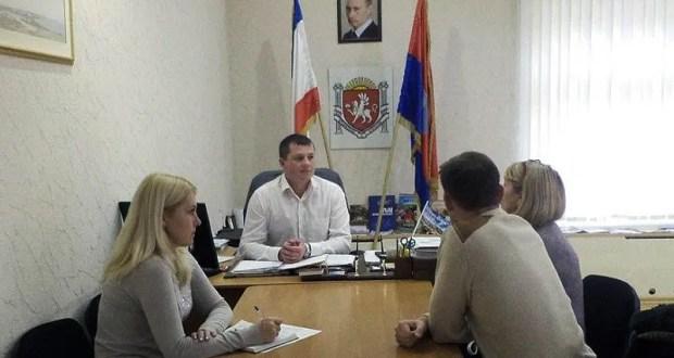 Еще две районные и одна городская администрации Крыма теперь с законными руководителями