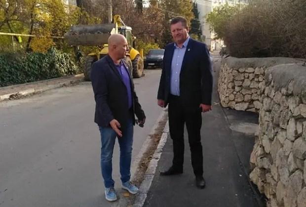 Депутаты «Единой России» помогают в решении проблем жителей Балаклавы