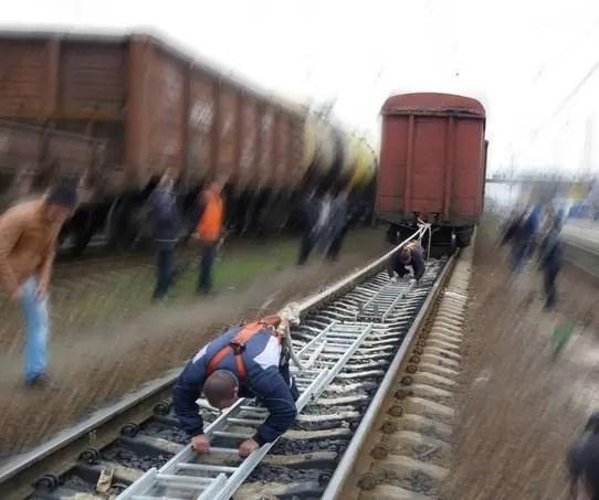 Российские силачи в Крыму установят «Рекорд России по буксировке железнодорожного состава»