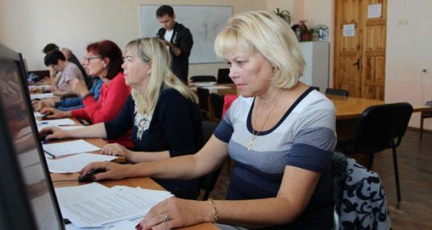 В Севастополе обучают людей предпенсионного возраста по именным образовательным сертификатам