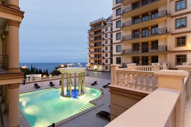 Специальные условия при покупке апартаментов в крымской Резиденции «Дипломат»