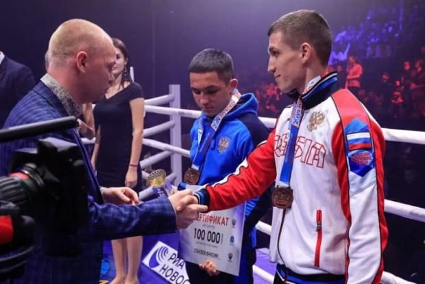 Максим Коптяков из Севастополя - чемпион России по боксу