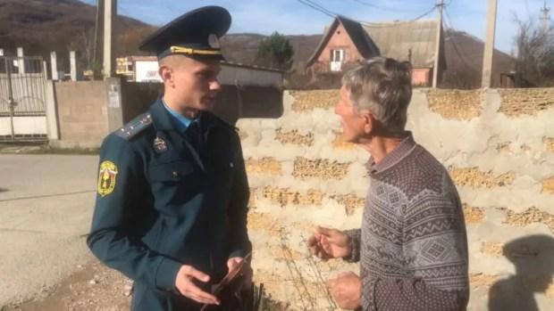 """Специалисты МЧС в Севастополе проводят """"печные рейды"""""""