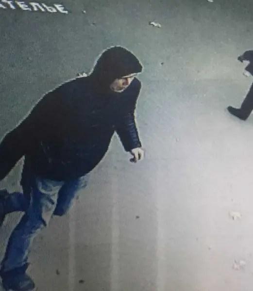 Внимание! Полиция Симферополя разыскивает подозреваемого в разбойном нападении