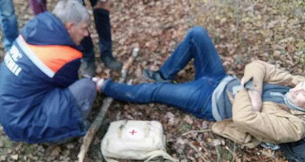 Крымские спасатели оказали помощь мужчине в районе пещерного города Чуфут-Кале