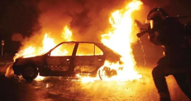 Возможно - поджог. В Ялте сгорел автомобиль