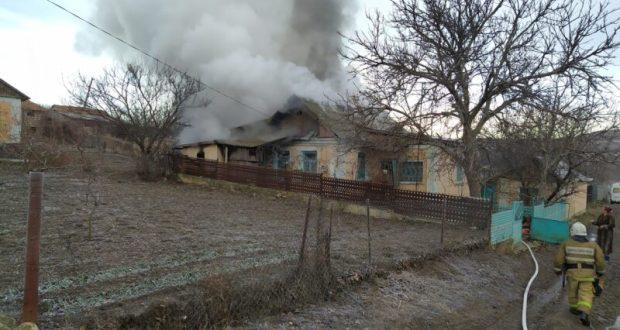 На пожаре в крымском селе Заветное погиб человек