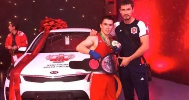 Ахтем Закиров из Сакского района - победитель чемпионата России по боксу среди молодёжи