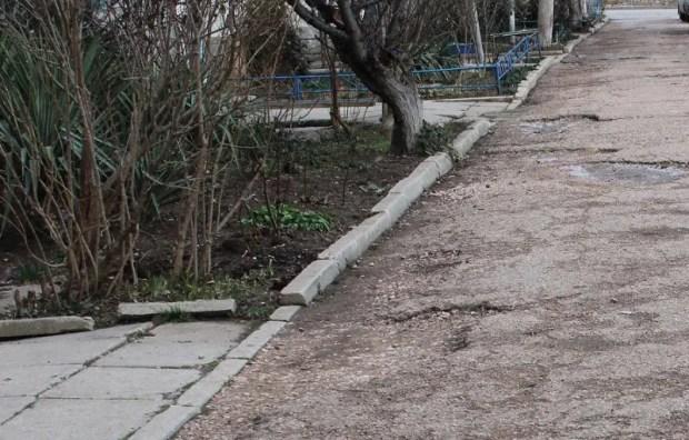 Балаклавским дворам нужен не просто «ремонт» - опыт депутатов ОД «Доброволец»