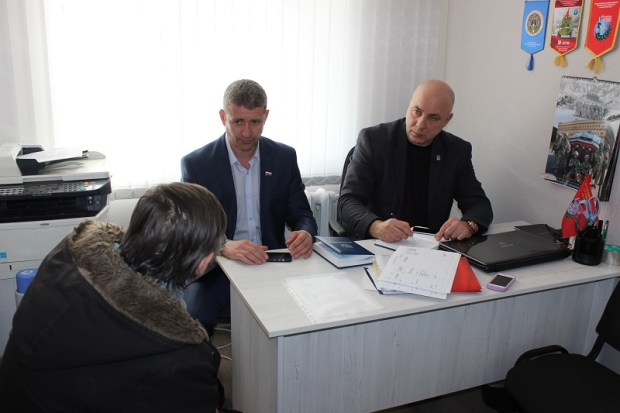 Очередной прием граждан депутатами «Добровольца» в Балаклаве: острых вопросов немало