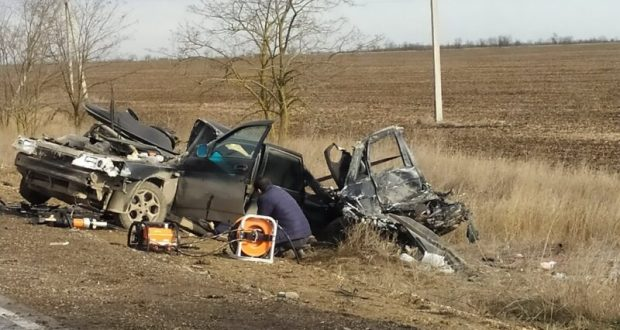 Утреннее ДТП на дороге «Саки – Орловка»: погибли два человека