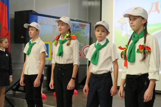 В Севастополе сто школьников вступили в отряды юных инспекторов движения