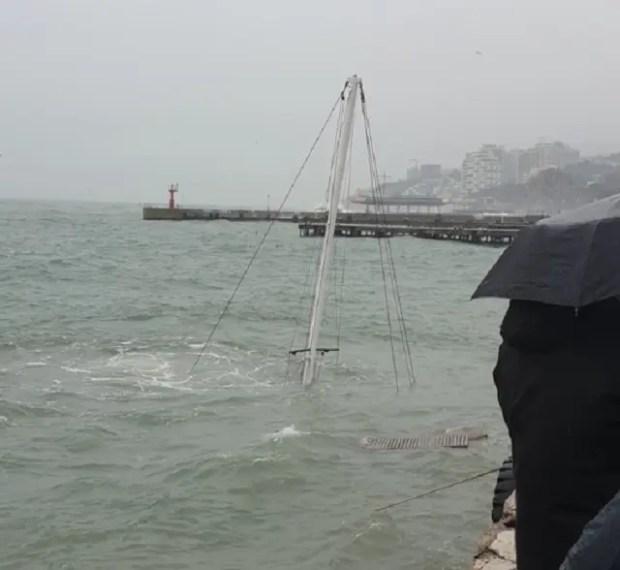 Последствия шторма и сильного ветра в Крыму