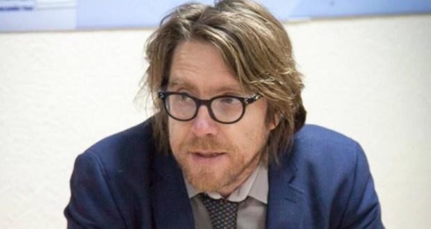 Евросоюз отказал крымскому журналисту в посещении Норвегии и сделал заявление по нашим паспортам