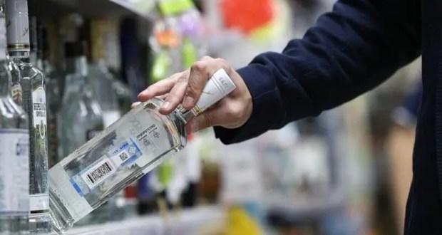 Бутылка водки и консервы доведут до суда. Инцидент в Симферополе