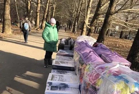 В Симферополе штрафуют за стихийную торговлю и нарушение Правил благоустройства