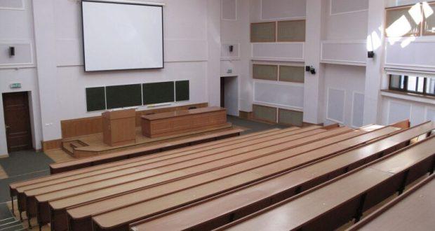 Крымский федеральный университет отправил студентов до апреля «на дистанционное обучение»