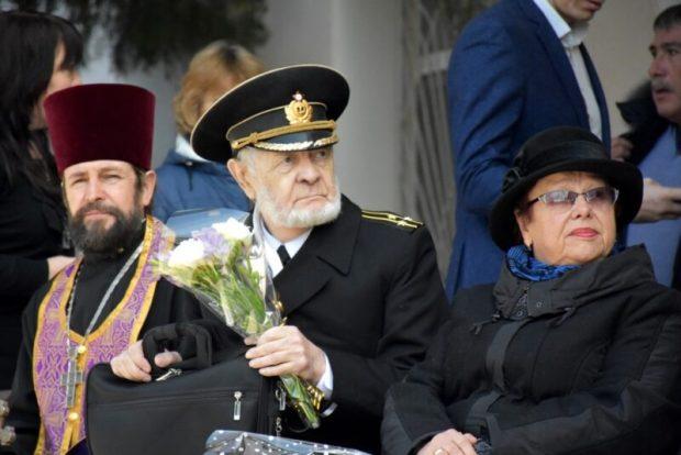 В крымском поселке Новоозерное открыли памятную доску моряку-подводнику Константину Сомову