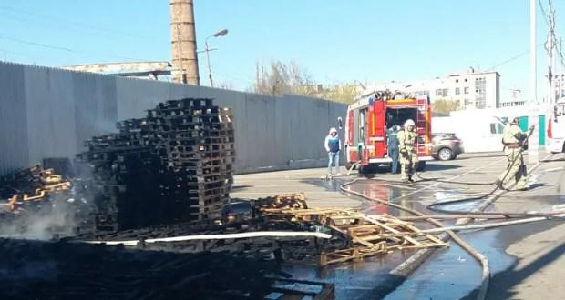 Пожар в Симферополе: горел рынок «Привоз»