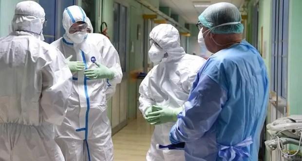 Севастополь «семимильными шагами догоняет» Крым по числу заболевших коронавирусом
