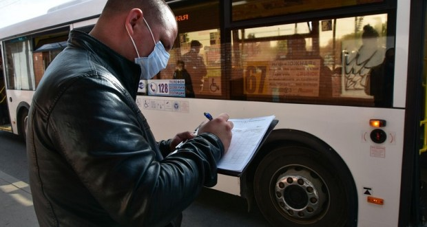 В Симферополе станет чуть больше общественного транспорта, но только утром и вечером