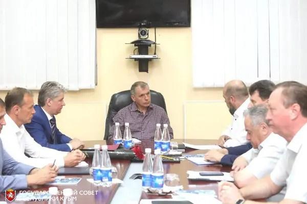 Спикер Госсовета Республики Владимир Константинов побывал на промпредприятиях Северного Крыма