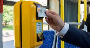В симферопольских маршрутках можно будет расплачиваться за проезд банковской карточкой