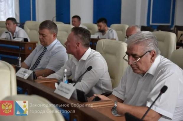 Без неожиданностей, но со скандалом. Выборы губернатора Севастополя назначены на 13 сентября