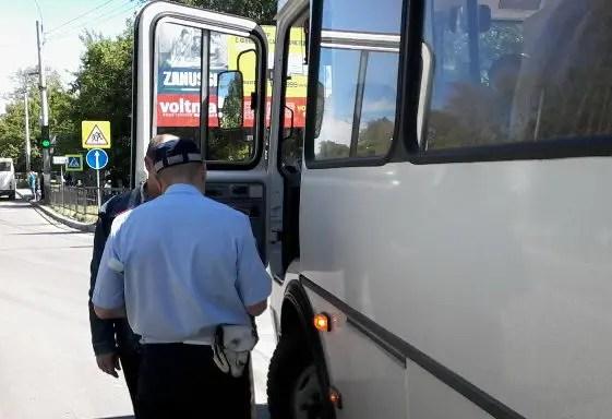"""В Керчи подвели итоги профилактической операции """"Автобус"""". Нарушители есть"""