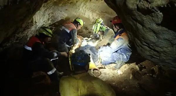 Идёте в поход с посещением крымских пещер? МЧС предупреждает...