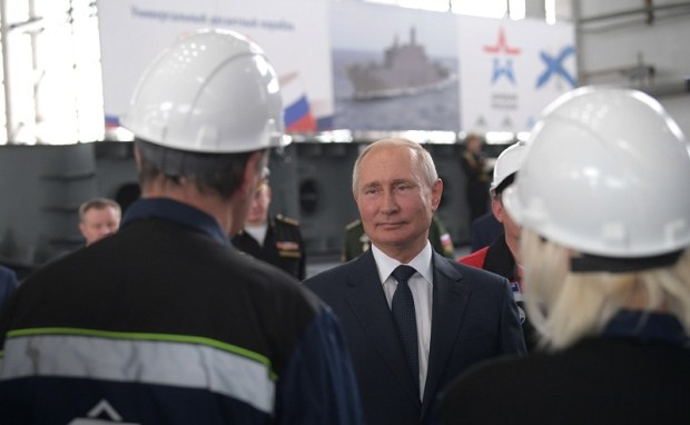 О чем рабочие Керченского судостроительного завода «Залив» говорили с Владимиром Путиным