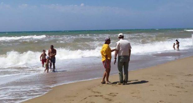 Сотрудники ГИМС в Севастополе напоминают: купаться в непогоду опасно